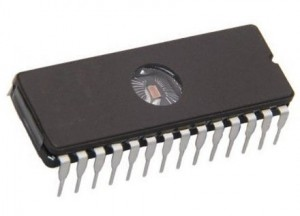 UMGNC15D EPROM 27C256-15    32k×8 150ns CMOS DIP28  (National)